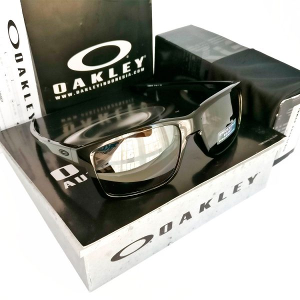 oakley-mainlink-prizm-daily