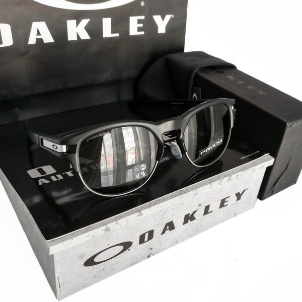 Oakley-Latch-Key-Prizm-Grey